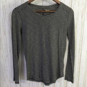 Madewell black/white stripe basic long sleeve XS
